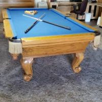 Oak Pool Table With Sculpted Legs