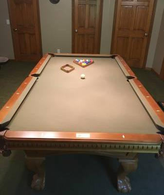 Pool Table 8'x5' Fischer